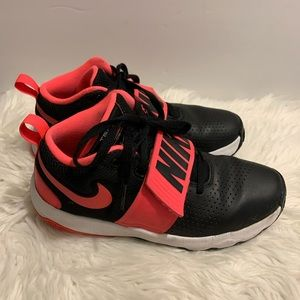 Nike shoes size 6.5y